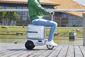Airwheel SE3 robot luggage